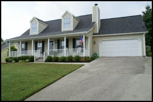 Landscape ideas for cape cod style homes google search for Landscaping for cape cod style houses