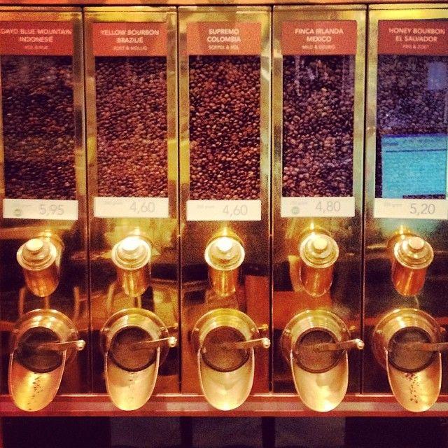 #koffie (bij Simon Lévelt) // Fotograaf/photographer Eelco Coers //