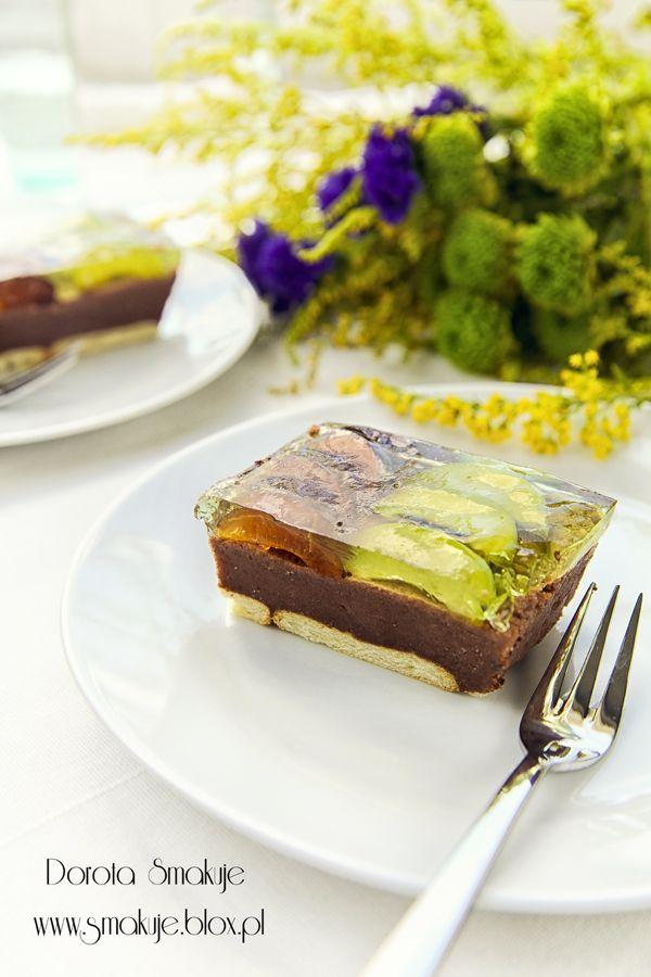 Ciasto bez pieczenia z kaszą manną, śliwkami i galaretką