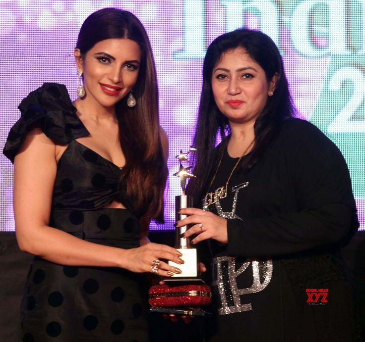 "Mumbai: ""Bright Perfect Miss India and Bright Perfect Achievers Award 2017"" Poonam Pandey, Mouni Roy and Shama Sikander - Social News XYZ"