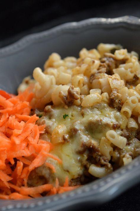 Köttfärs- & pastagratäng med smak av curry