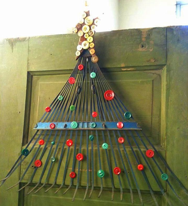 very cute button tree made from an old rake