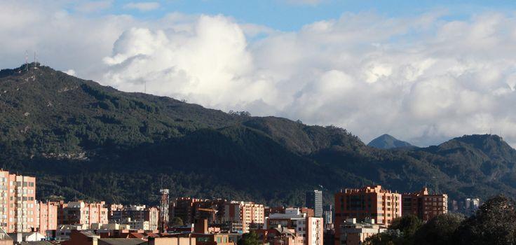https://flic.kr/p/q5LNhm | Tarde en Bogotá | Así transcurre la tarde en la ciudad.