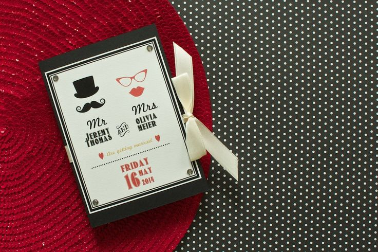 You love the Retro style, the Fifties and want something special? Well, than that's the perfect wedding invitation for you! Find out more on lucyvanbarnes.de