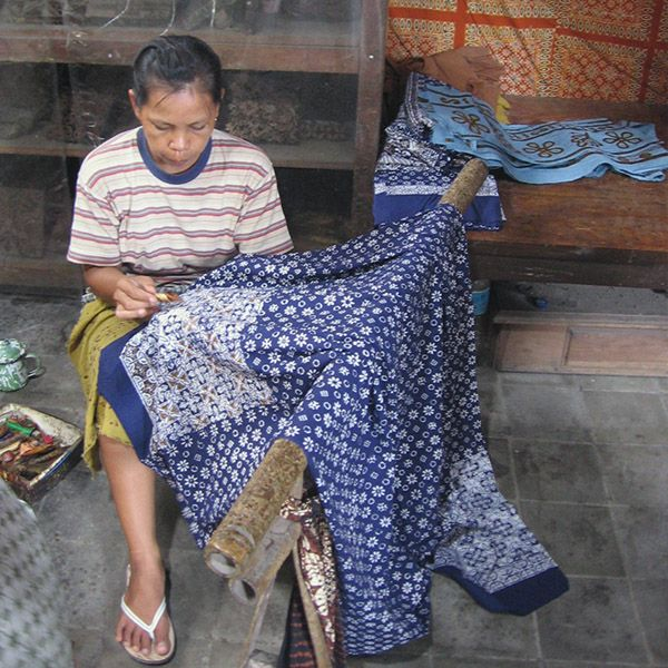Top Things to Do in Yogyakarta, Indonesia: See batik being made