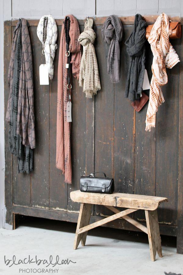 pastel shawlsMuebles Recuperados, Mi Espacios, Espacios Vitale, Painted Furniture, Painting Furniture, Furniture, Painted Wardrobe, Recuperados Pintados, Vintage Decor