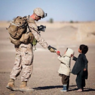 The true heart of a soldier. Love this pic