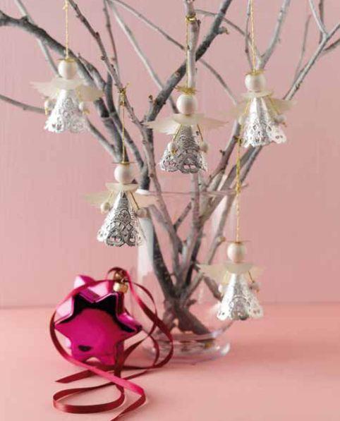 Weihnachtsdeko aus Engeln, aus unserem Buch 'Zauberhafte Papierengel': http://www.topp-kreativ.de/zauberhafte-papierengel-4057.html
