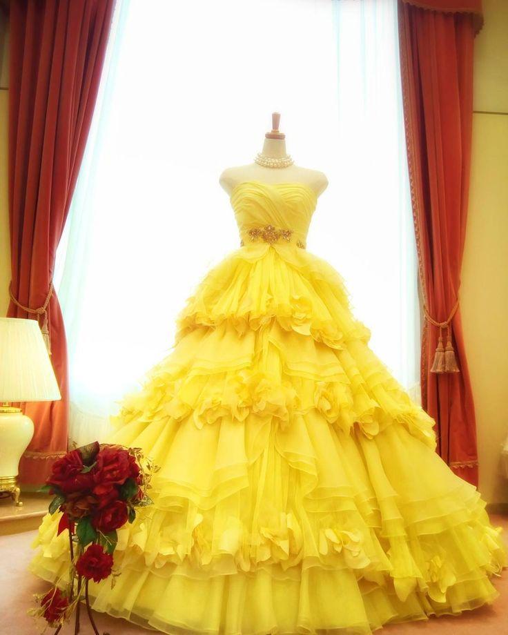 映画「美女と野獣」はご覧になりましたか?��✨ ✽ 本店にあるこちらの黄色のドレスを支店であるホテルエミシアさんに期間限定で飾っております。 ✽ ちなみにこちらの黄色のドレスはマーキュリーデュオのドレスになります。 ✽ この機会にホテルエミシア札幌のブライダルサロンにお越しいただき、一度ご試着にいらして下さい�� ✽ ✽ ホテルエミシア札幌2階衣裳室 #weddingdress#colordress#yellowdress#mercuryduo#disney#disneyprincess#bridalsalonai#hotelemisia#ウエディングドレス#カラードレス#黄色#ディズニー#ディズニープリンセス#美女と野獣#エマワトソン#結婚式#結婚#プレ花嫁#花嫁#ブライダルサロン愛#ホテルエミシア札幌 http://gelinshop.com/ipost/1521528459431438689/?code=BUdjhKMDulh