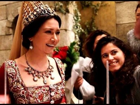 Nurgül Yesilçay Нургюль Ешилчай – Празднование Дня Рождения! – Кёсем Султан/ Kosem Sultan - YouTube