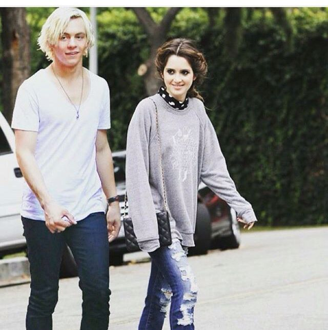 Wouldn't they be the best couple guys rourtney won't last forever don't stop believing