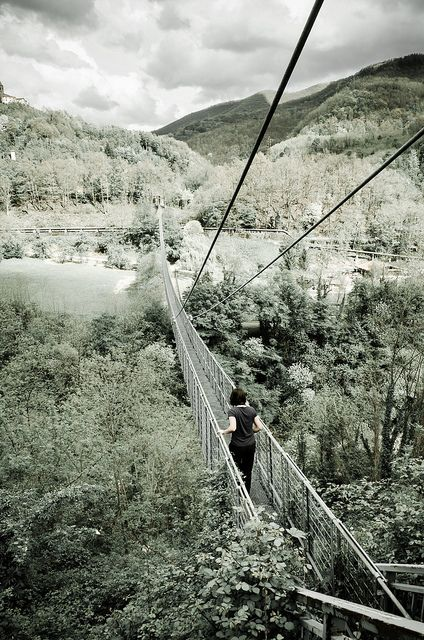 . The Ponte Sospeso over the river Lima was opened in 1922. It is 220 meters long and its highest point is 40 meters. It is one of the longe...