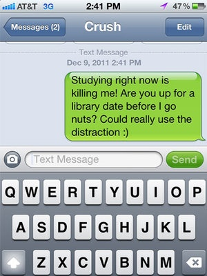 16 Flirty Texts GUARANTEED To Keep You On His Mind 24/7