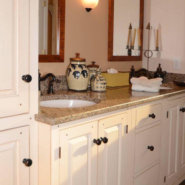 Primitive Bathrooms, Country Bathrooms, Primitive Homes, Small Bathrooms,  Beautiful Bathrooms, Bathroom Designs, Bathroom Ideas, Country Style, Baths