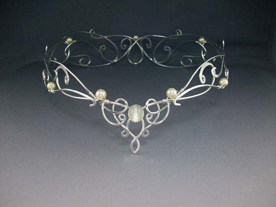 Wedding Crowns :     Picture    Description  Shannon Bridal Crown, Silver Wedding Crown, Celtic Crown, Reign Medieval Renaissance, Crystal Veil Headdress    - #Veils https://weddinglande.com/accessories/veils/wedding-crowns-shannon-bridal-crown-silver-wedding-crown-celtic-crown-reign-medieval-renaiss/