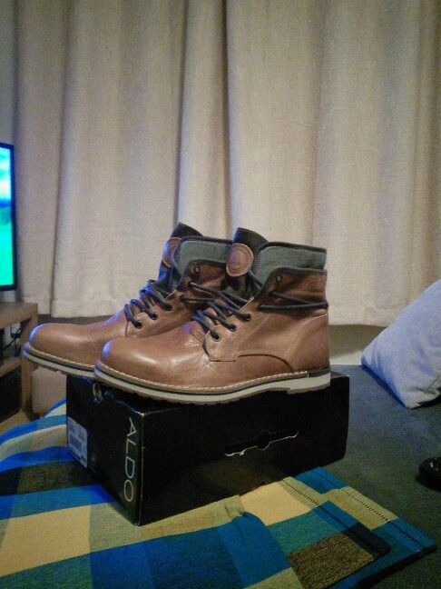 These awesome tan leather aldo boots