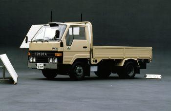Toyota Dyna 200 JP-spec (U60) '1984–95