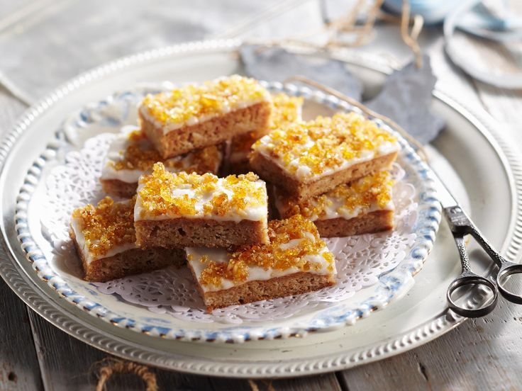 Reminisce on your childhood taste-buds with this delicious toffee apple slice- the perfect dessert or afternoon treat.