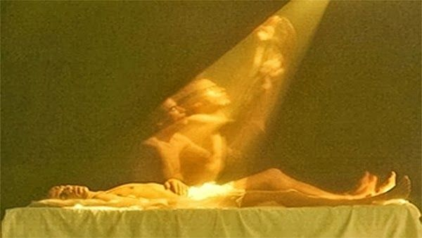 Scientist Photographs The Soul Leaving The Body ~ ADG (UK)