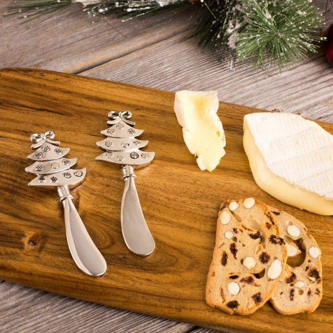 Check out our Christmas Icon Spreader Set, the elegance and festiveness makes it perfect for your holiday gatherings.