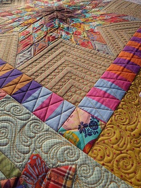 Increidble stich patterns on this #quilt - Green Fairy Quilts - Judi Madsen