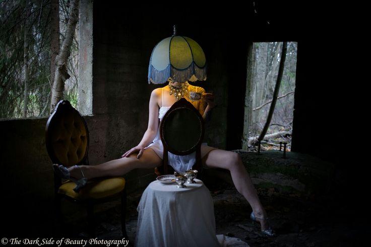 #humanlamp #kinky #surreal #fetish #teamoment #lamp