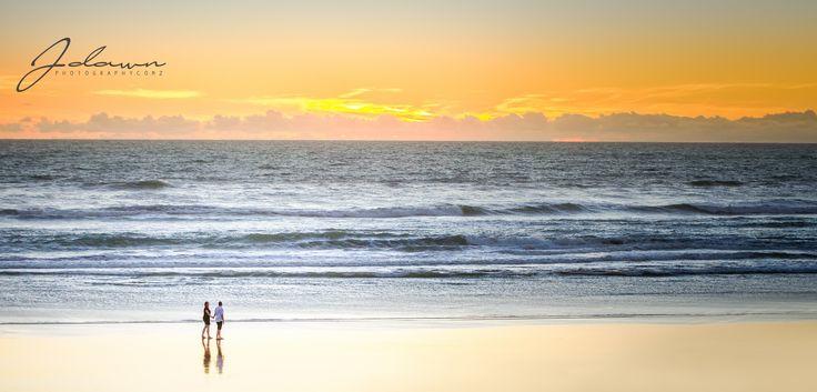 J Dawn Photography, Beach engagement, sunset at beach, Auckland engagement at Sunset