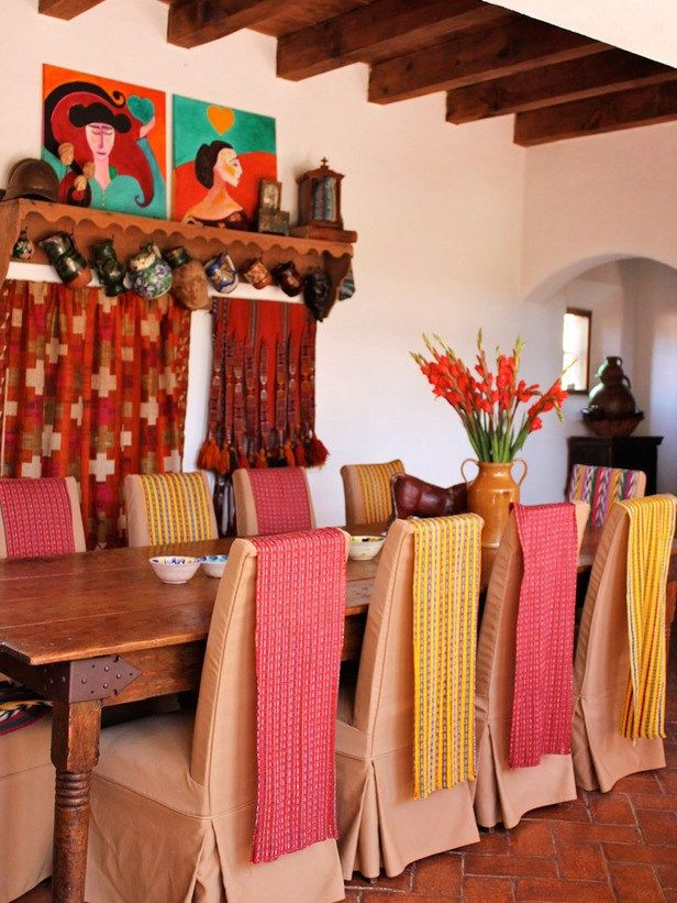 Best 25 mexican dining room ideas on pinterest mexican for Mexican dining room ideas