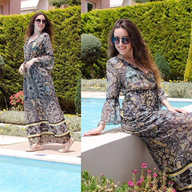 Chillin' by the pool  #lovefashiongr #fashionblogger #greekblogger #charmstylegr #civitelhotel