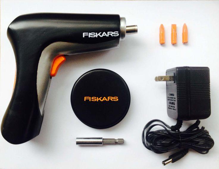 El proyecto consistía en traducir en un producto una marca ya existente. Laura Blackaller creó este destornillador eléctrico a partir de la marca de herramientas finlandesa, Fiskars.