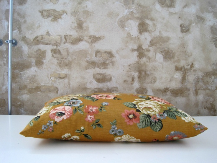 MARAPYTTA: pillow
