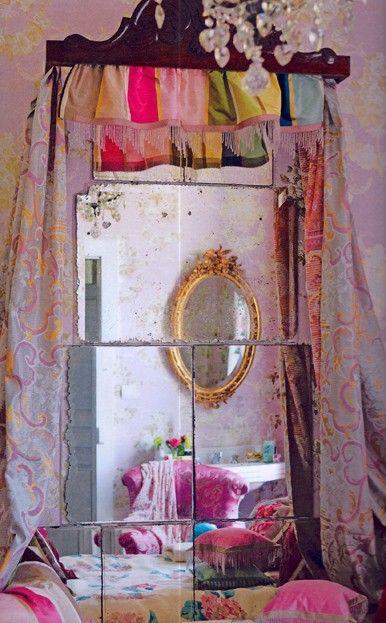 Mirror / Bohemian Style / Room / Décor.
