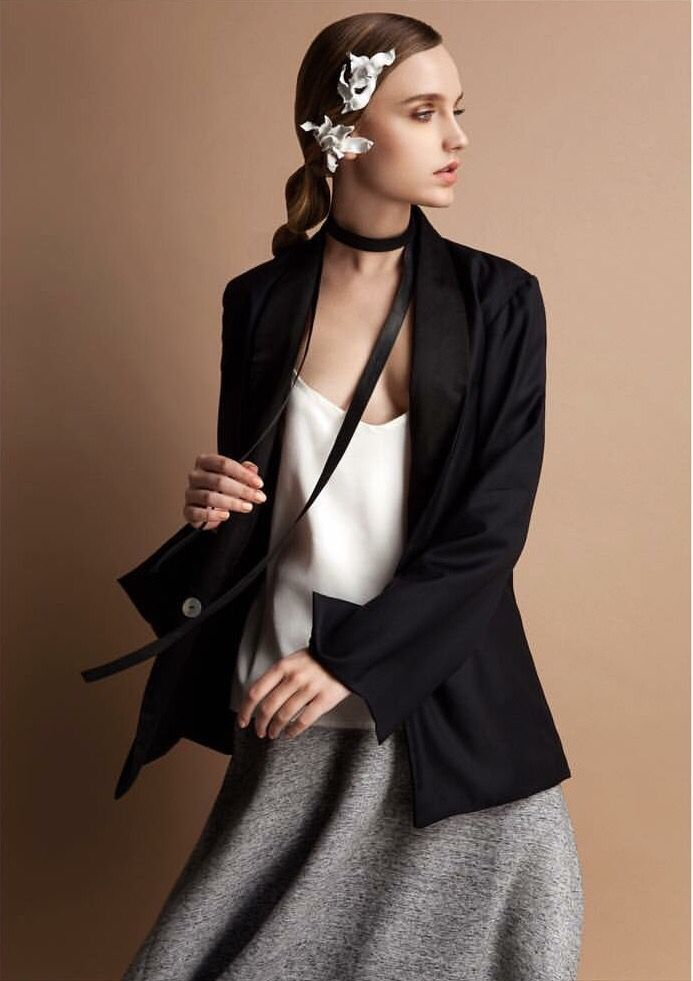 Our black leather scarf was featured in the April issue of Unica Magazine