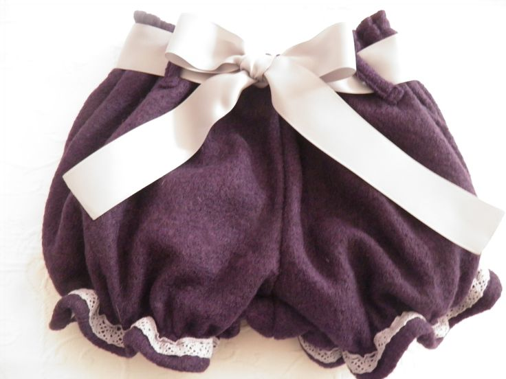 Purple shorts with gray cotton lace and bow - calções roxos com renda de algodão e laço cru