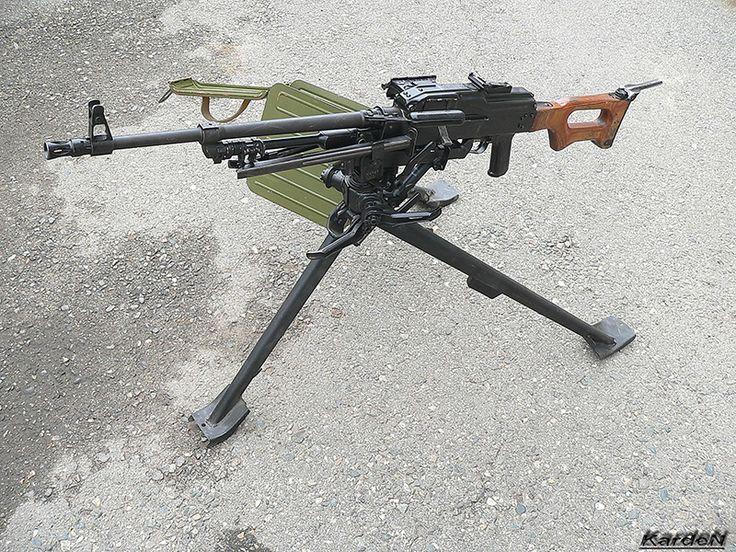 7,62-мм пулемёт Калашникова (ПКМС) на станке 6Т5 конструкции Степанова