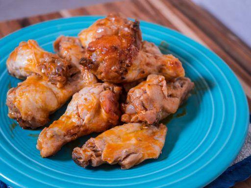 Pressure Cooker Buffalo Chicken Wings