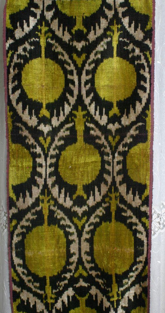 Yuner+/+Silk+Velvet+uzbek+ikat+fabric+3+yard+by+YUNERSHOP+on+Etsy,+$98.00