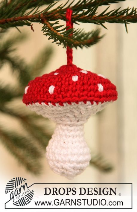 "Crochet DROPS Christmas mushroom in ""Muskat"". ~ DROPS Design"