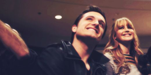 Josh Hutcherson and Jennifer lawrence - Joshifer