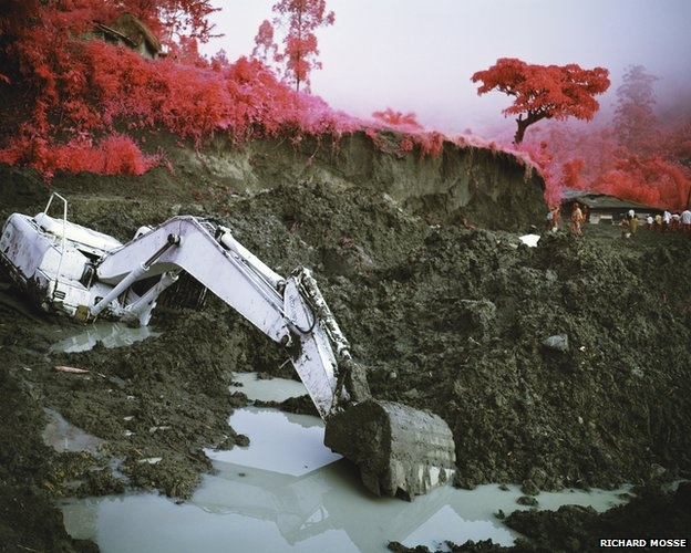 Conflict recorded on the infrared spectrum Richard mosse
