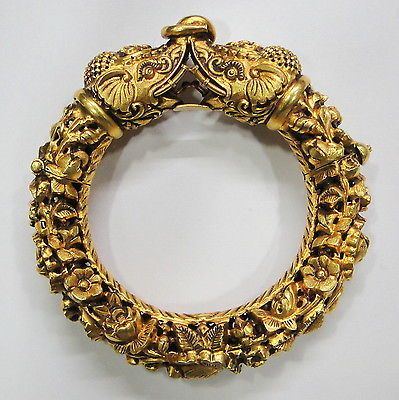 Vintage antique solid 20K Gold elephant hinge Bracelet Bangle Orissa India