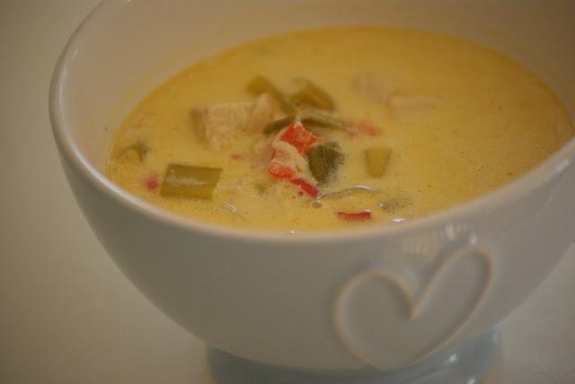 Thai suppe med kylling og kokosmelk