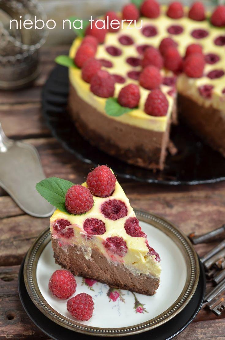 sernik czekoladowy z malinami