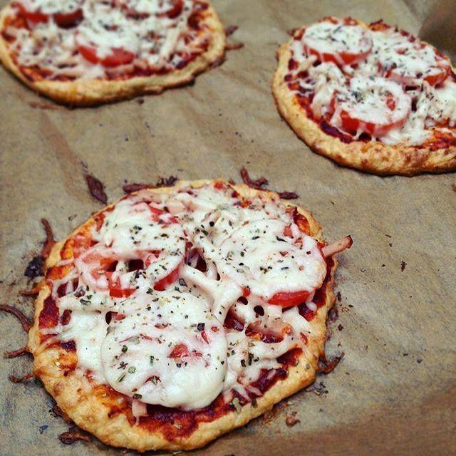 Ti Küldtétek Recept  (A recept beküldője: Bach-Joó Barbara) Túró és zabpehely alapú pizza       Fitnesz túrópizza     Ha egy gyors, finom, fitnesz pizza receptet keresel, íme egy kis segítség Barbitól. RECEPT: 500 g túróhoz 8 kanál darált zabpelyhet (zabpehely ITT!)(vagy zabpehel