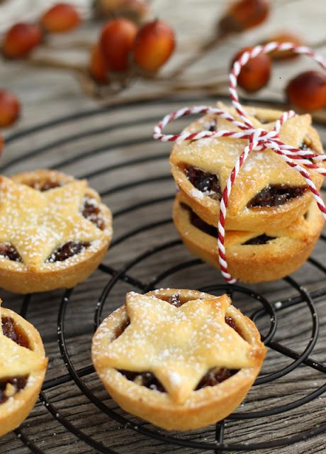 butter hearts sugar: Fruit Mince Pies