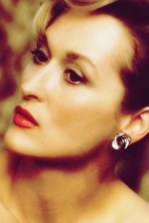 Meryl Streep-beautiful- age 63  Joyce Johnson via ML Girten onto New aging  fiercefabulousflawless.tumblr.com