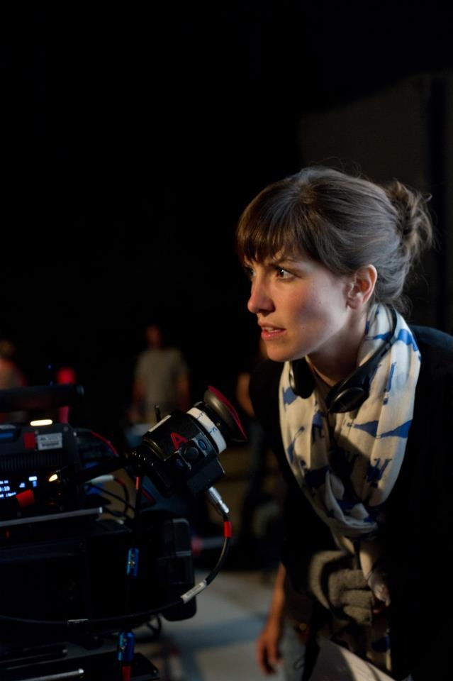 La regista Lorene Scafaria in una foto dal dietro le quinte del film. #CercasiAmore Per La Fine Del Mondo, dal 17 gennaio al cinema.