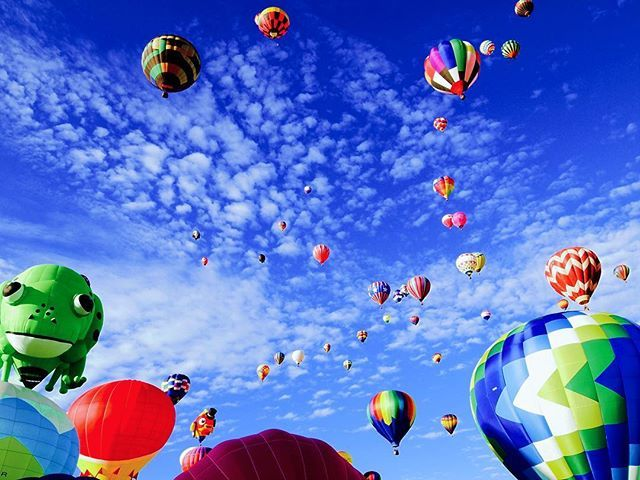 Very Beautiful sky from balloon. So good..I'm free.  ・ The magical and incredibly colorful world of hot-air ballooning!. (Viator Review: 4.5/5, Me: 4.6/5). ・ #balloons #luxury #luxurylife #luxurystyle  #luxurylifestyle #wanderlust #travel #balloon #comfortable #trip #travelgram #voyage #mexico #mexicocity #mexicotravel #luxurious #sky #beautiful #free #enjoyinglife #funtimes #旅行 #海外旅行 #海外 #バルーン