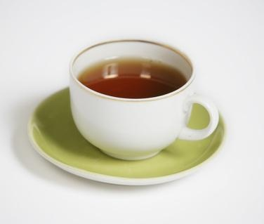 Uses for Fenugreek Tea My grandmother (Nonny) used fenugreek tea; which she steeped using whole seeds, for chest colds. Add a little honey, the tea smooths a raw throat and helps with a cough or congestion. Nonny almost never took a pill. She was totally into natural stuff.