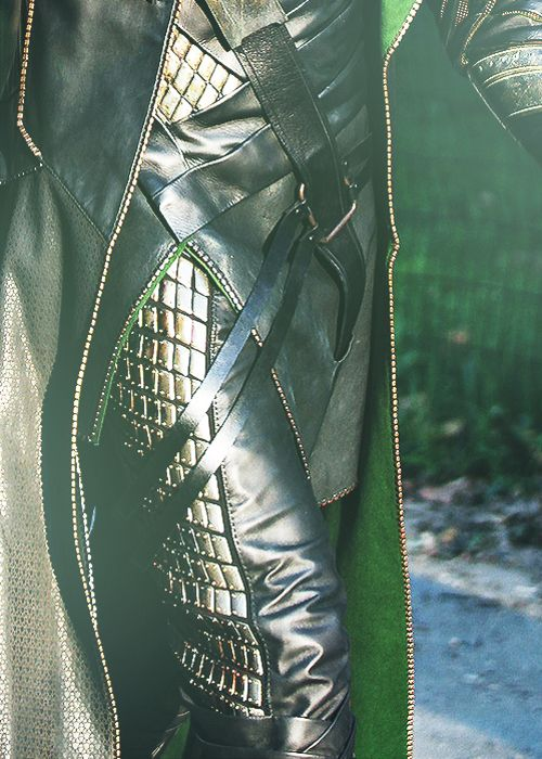 Lets just take a minute to look at the details on Loki's costume, i mean come on! That takes pure talent right there!